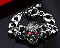 How to Wear Your Skull Jewelry