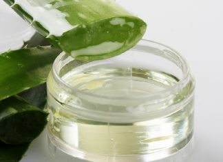 How to use and benefits of aloe vera gel for your face!